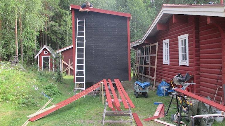 I det här höga, smala huset ska Lina bo när hon pluggar i Nässjö