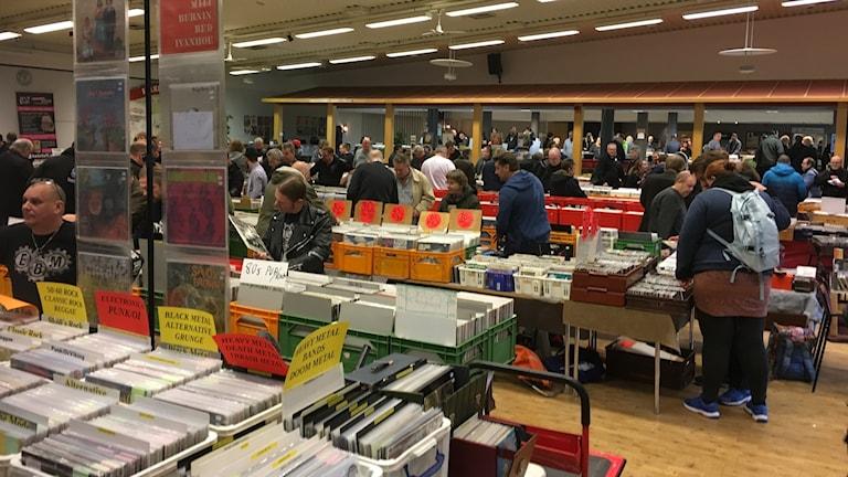 Skivmässan i Huskvarna lockar entusiaster från hela landet.