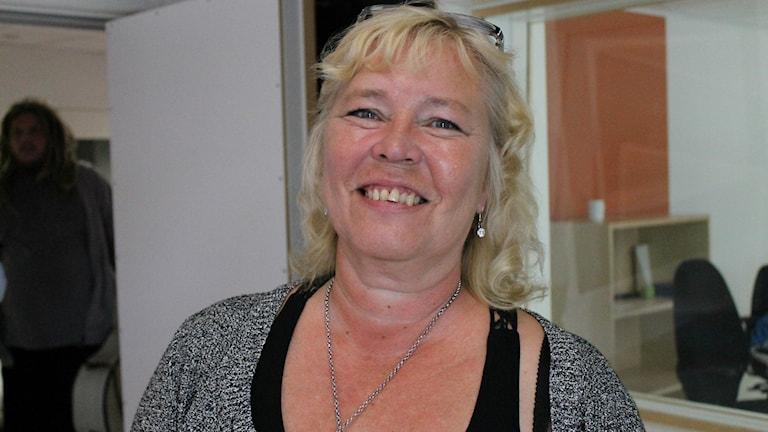 Sverigedemokraten Anne Karlsson i närbild.