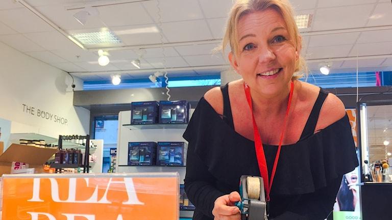 Camilla Åberg, säljare.