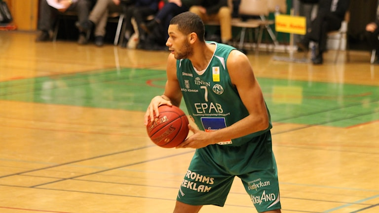 Austin Barnes i Nässjö Basket.