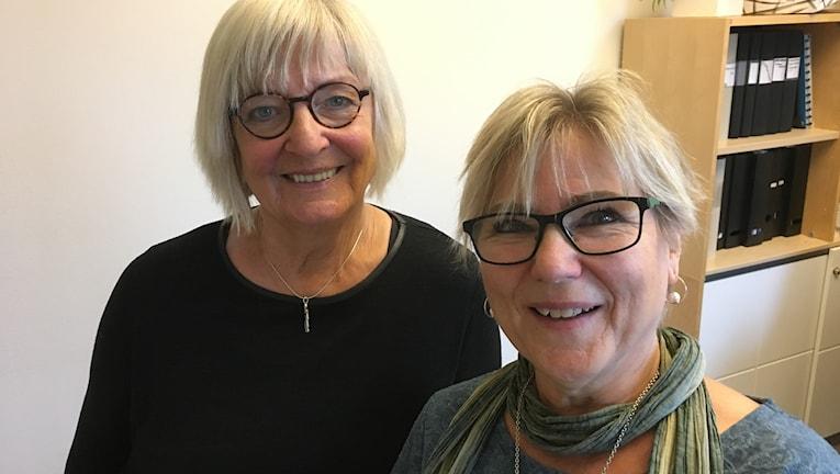 Birgitta Thor, anhörig, och Kristina Hansson, anhörigkonsulent.