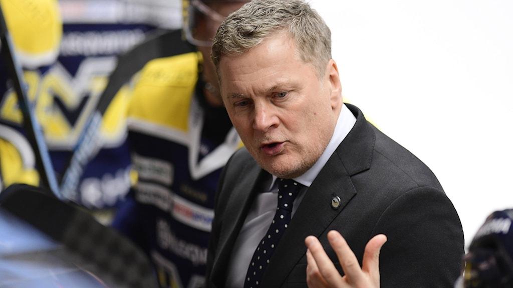 Stephan Lund är ny huvudtränare i HV71.