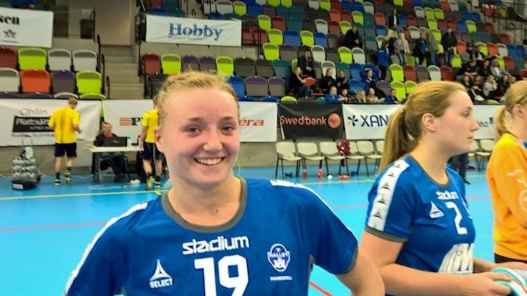Elin Johansson, Hallby