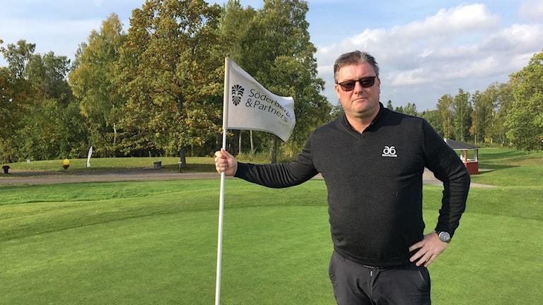 Per Simonsson är klubbchef på A6 golfklubb