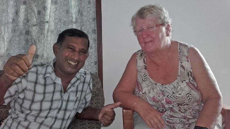 Gudrun Fleur med hennes vän och tolk.