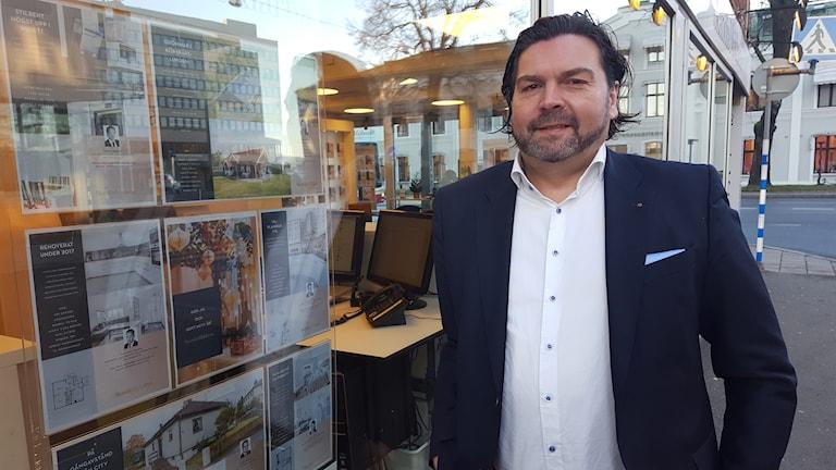 Peter Nelzén, mäklare i Jönköping.
