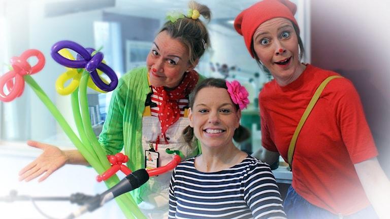 Plopp (Helen Frosthagen), Pop-Ulla (Ulrika Martinsson) och Doktor Lowe ( Lotten Sjönneby) är sjukhusclowner i Jönköping.
