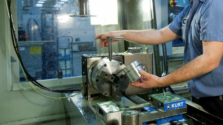 CNC-operatör på industri