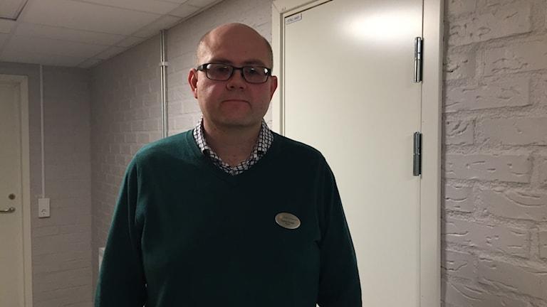 Rektor på gymnasieskolan i Eksjö.