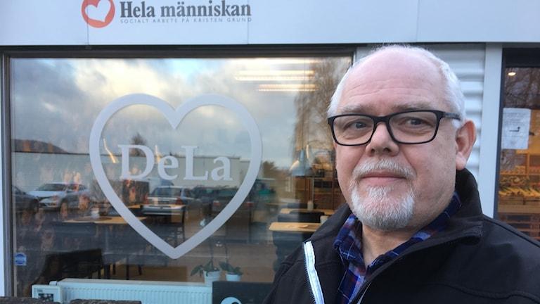 Gunnar Dahlqvist, Hela Människan