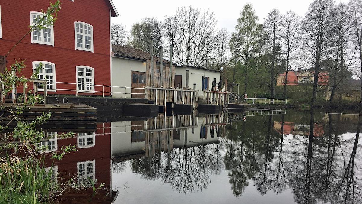 Holsby kvarn, Holsbybrunn.