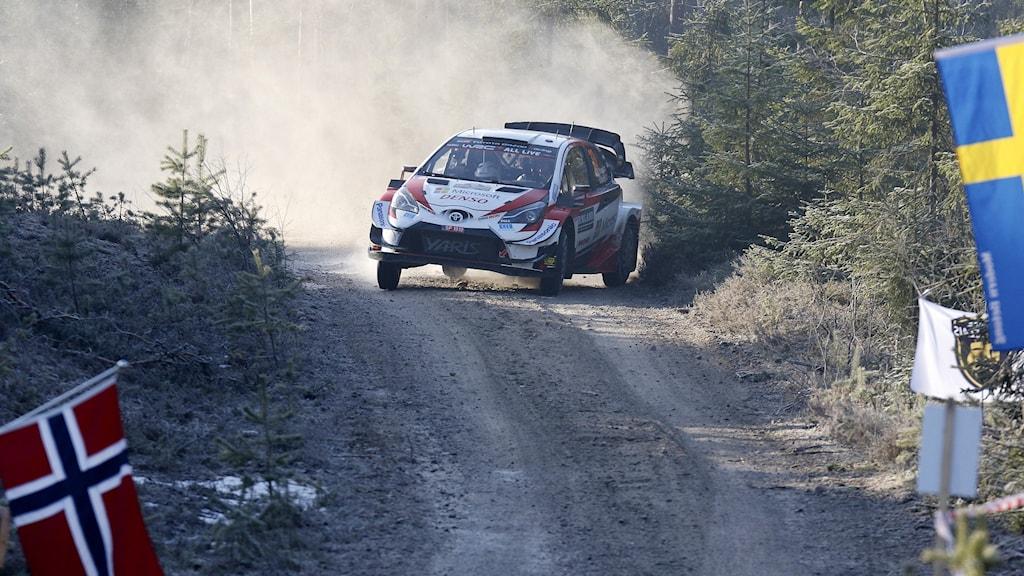 Elvyn Evans kör i Svenska rallyt.