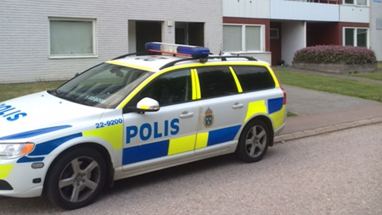 Polisbil i Karlstad. Foto:Ola Finell/Sveriges Radio