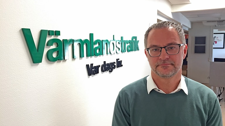 man på kontor. Robert Ojala/Sveriges Radio.
