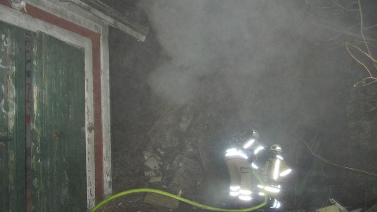 Brand i jordkällare i FIlipstad. Foto: Bergslagens räddningstjänst.