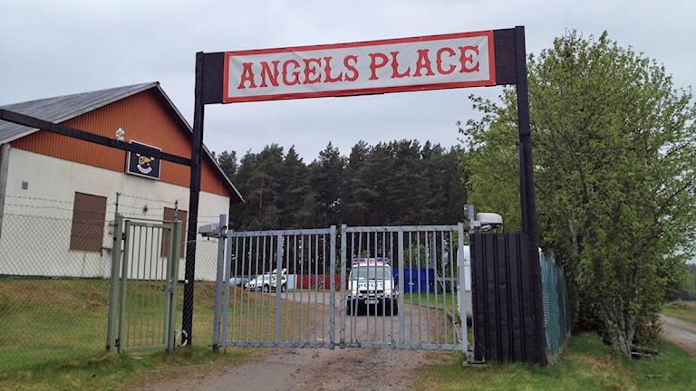 Hells Angels-gården. Foto: Jonatan Björck/Sveriges Radio.
