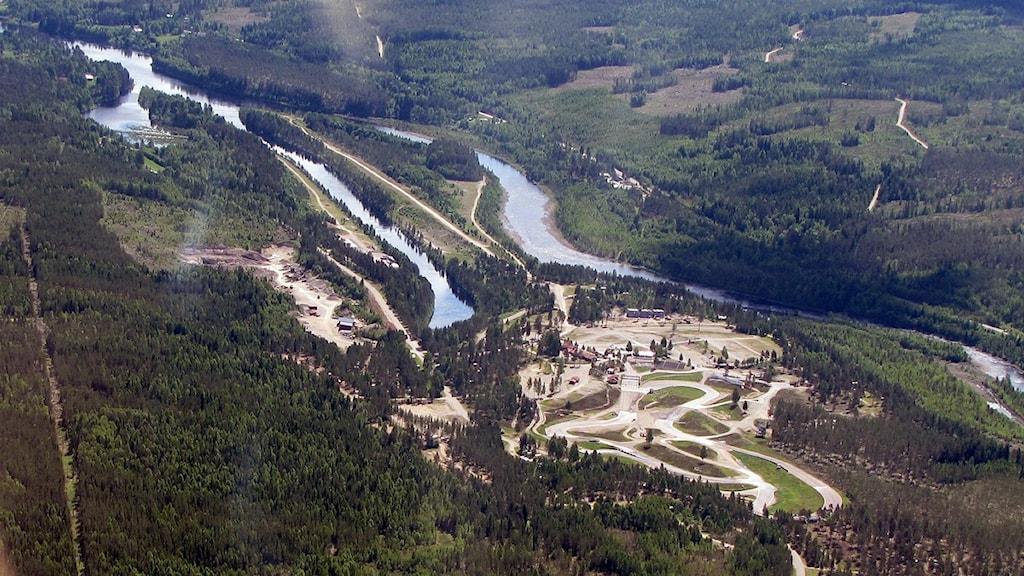 Höljes rallycrossbana. Flygfoto: Lennart Nordenstein.