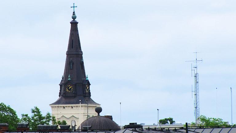 Domkyrkan i Karlstad sett från Kvarnberget. Foto: Isak Olsson/Sveriges Radio.