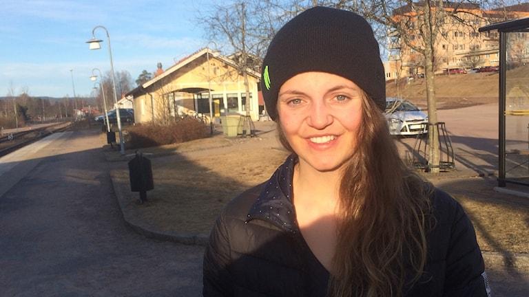 Emma Dahlström hemma i Torsby efter VC-guld och VM-silver. Foto Per Larsson Sveriges Radio
