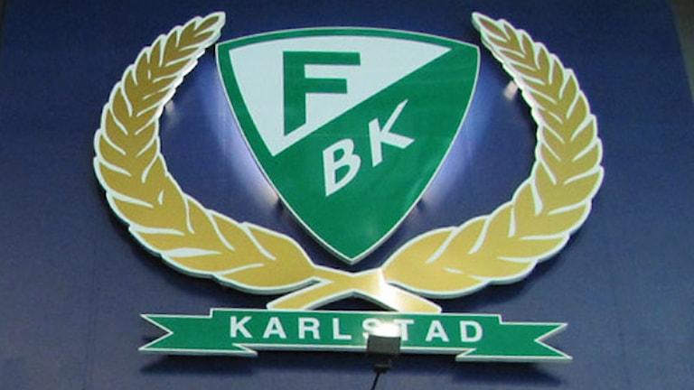 FBK:s klubbmärke. Foto: Lars-Gunnar Olsson/Sveriges Radio.