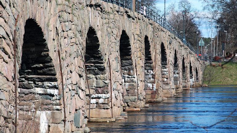 Gamla stenbron i Karlstad. Foto: Lars-Gunnar Olsson/Sveriges Radio.