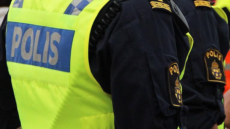 Poliser. Foto: Lars-Gunnar Olsson/Sveriges Radio.