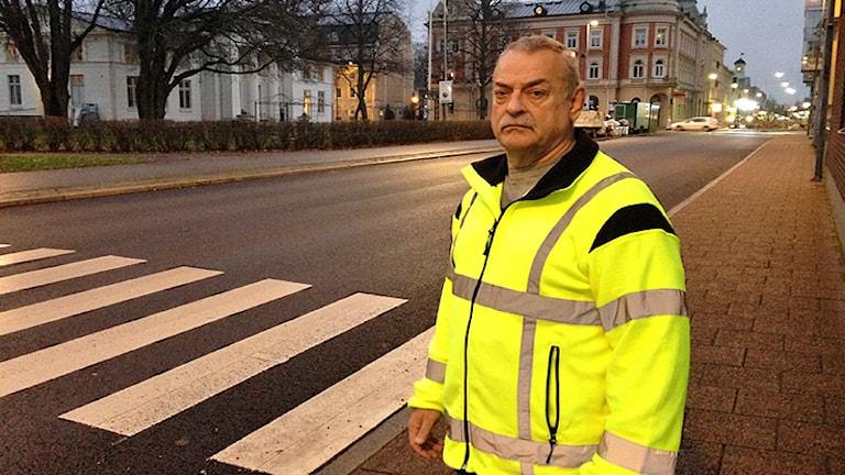 Kenneth Henningsson, handikappkonsulent i Kristinehamn. Foto: Robert Ojala/Sveriges Radio.
