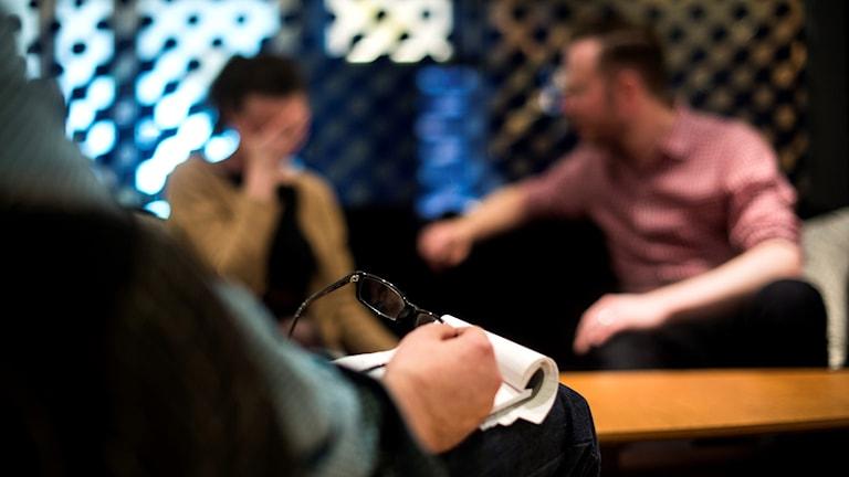 Ett par under samtalsterapi. Foto: Pontus Lundahl/TT.