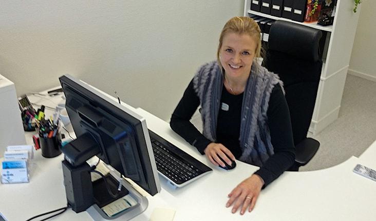 Åsa Karlsson fastighetsmäklare i Torsby. Foto: Lennart Nordenstein.