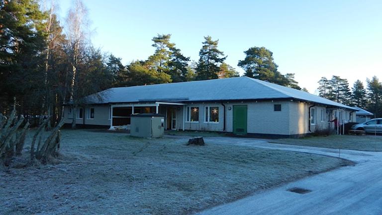 Nytt boende för ensamkommande flyktingungdomar på Hammarö. Foto Roy Malmborg Sveriges Radio.