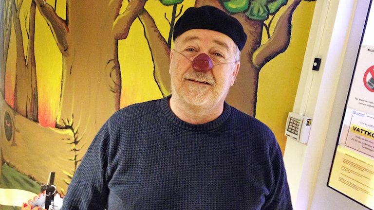 Sjukhusclownen Jonny Lundgren. Foto: Robert Ojala/Sveriges Radio.