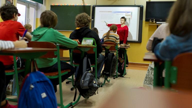 Undervisning i ett klassrum. Foto: Katarzyna Korza/TT.