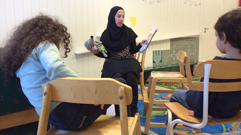 Modersmålsläraren Hadba Al-Rufeye.