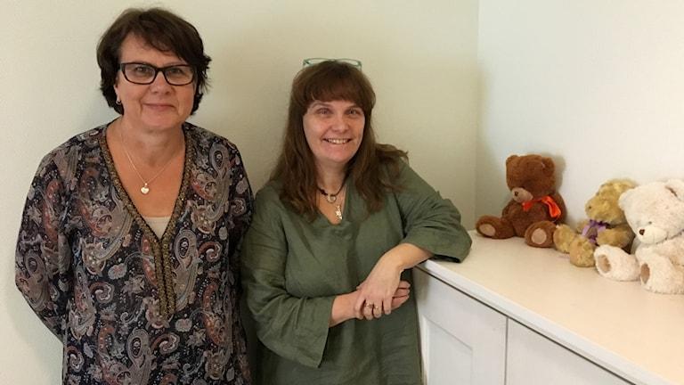 Anna Mellring och Cathrine Kvarnström är samordnare på Barnahus.