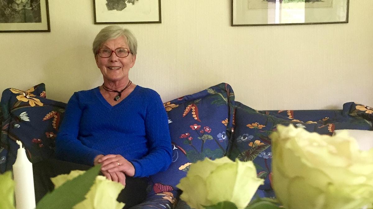 Margareta Nilsson efter inspelningen av programmet hemma i villan i Hagfors. Foto: Fredrik Ralstrand/Sveriges Radio