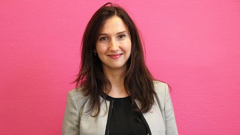 Aida Hadzialic, gymnasie- och kunskapslyftsminister. Foto: Jenni Jansson/Sveriges Radio
