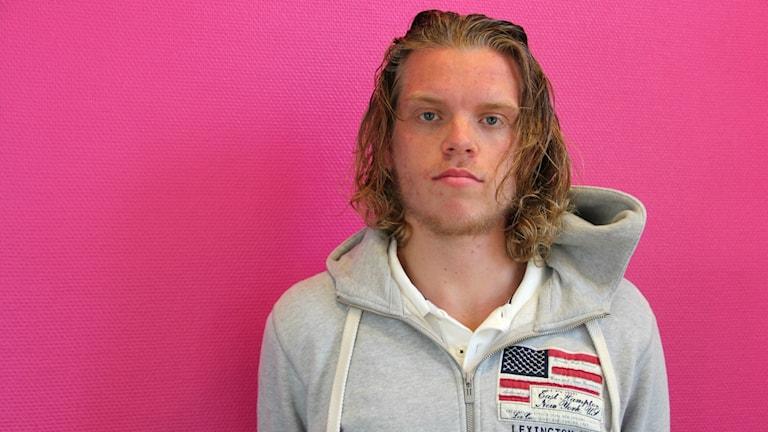 Emil Carlberg ska tävla i VM i hinderbana. Foto: Jonas Hansson/Sverigesradio
