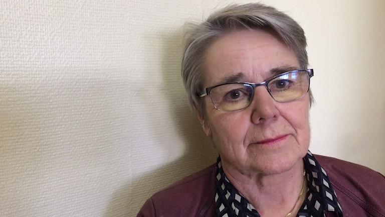 Ann Lindvall,  tillförordnad chef för individ och familj omsorgen i Årjängs kommun. Foto: Jenny Tibblin, Sveriges Radio.