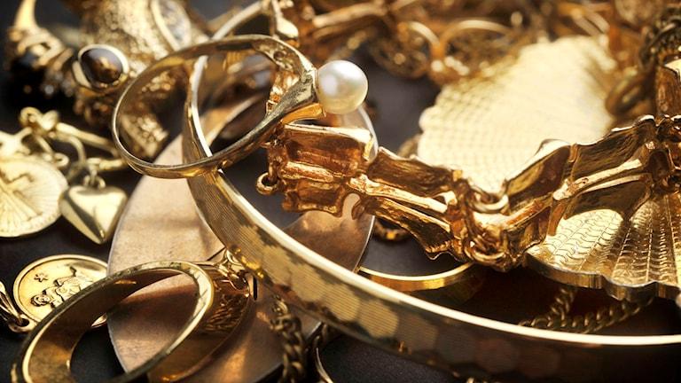 Guldsmycken. Foto: Staffan Löwstedt / SvD / SCANPIX