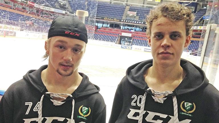 Rasmus Asplund och Joel Eriksson Ek. Foto: Robert Ojala/Sveriges Radio.