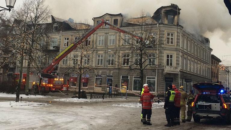 Branden i Arvika är nu under kontroll. Foto: Jenny Tibblin/Sveriges Radio