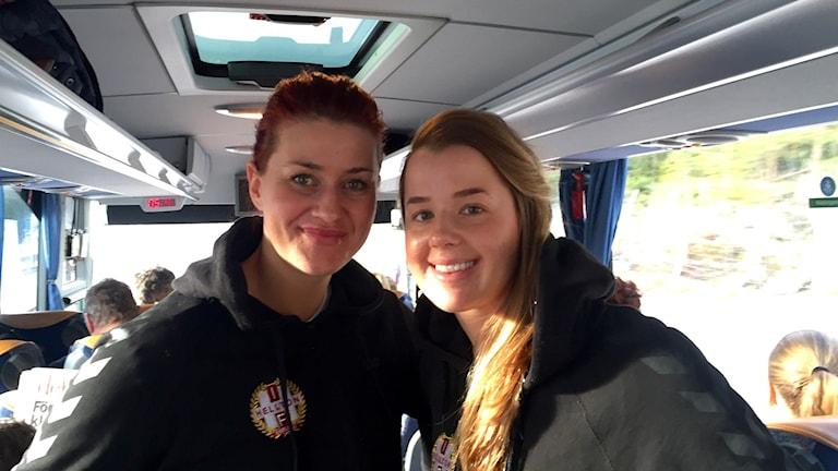 Helltons Jessica Wessman och Viktoria Grönkvist Foto: Linda Johansson