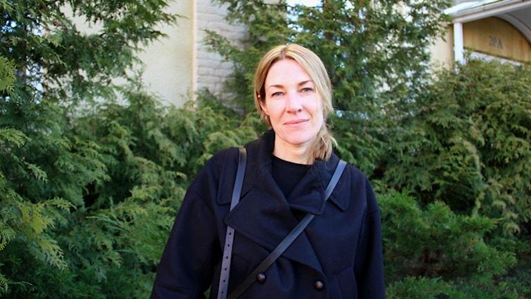 Konstnären Karolina Nolin. Foto: Jonas Hansson/Sveriges Radio