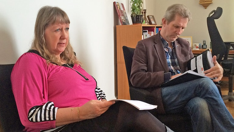 Aina Wåhlund och Peter Joensuu. Foto: Jenny Tibblin/Sveriges Radio