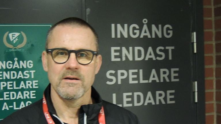 Färjestadstränaren Tommy Samuelsson Foto; Mats Fagerström Sveriges Radio