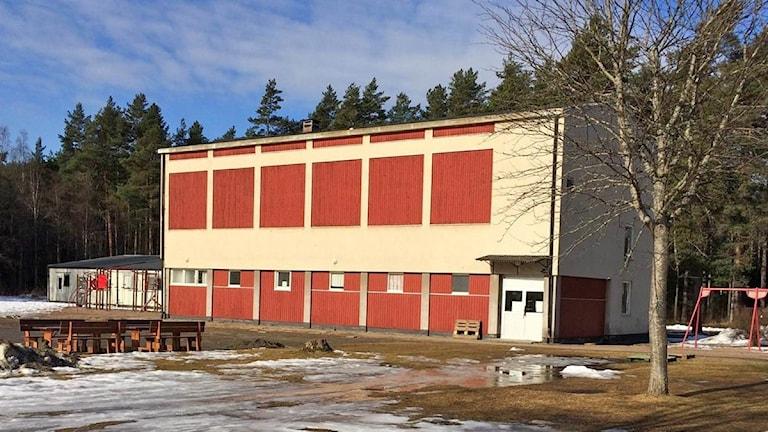 Gymnastiksal, Kyrkhedens skola i Ekshärad. Foto: Lennart Nordenstein/Sveriges Radio.
