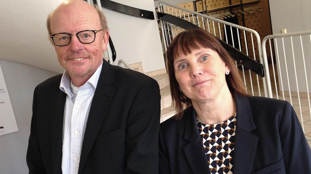 Sven Löchen, Vd RenFeul, och Madelen Richardsson, näringslivschef Kristinehamns kommun. Foto: Robert Ojala/Sveriges Radio.