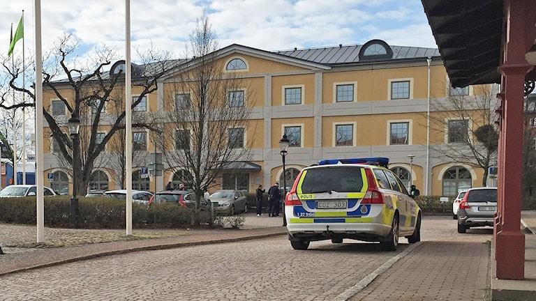 Polistillslag Hamntorget i Karlstad. Foto: Sara Johansson/Sveriges Radio.