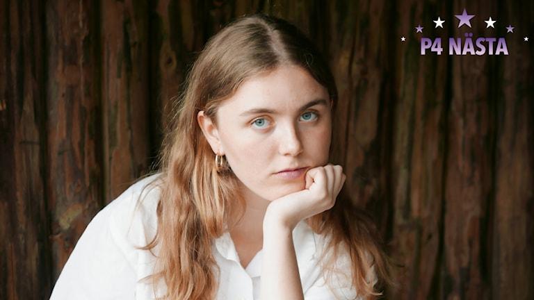 Livia Rowe, en av fem finalister i P4 Nästa i Värmland.